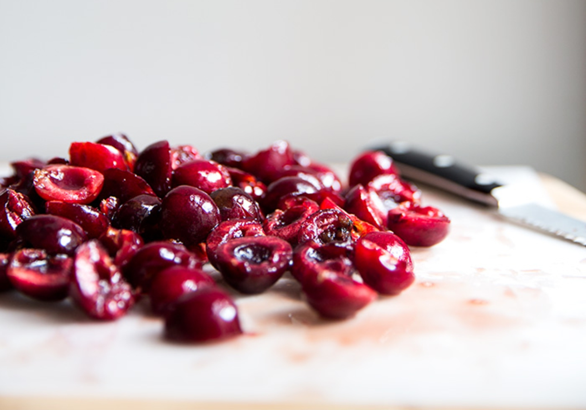 DELICIOUS RECIPES WITH CHERRY
