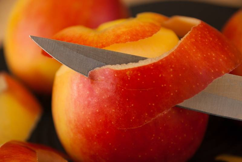 Apple face mask recepies for glowing , clear or dull skin + desserts